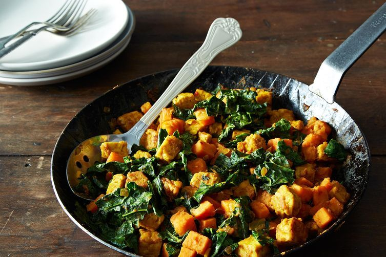 Tempeh and Sweet Potato Hash on Food52: http://f52.co/1hiSyu4 #food52