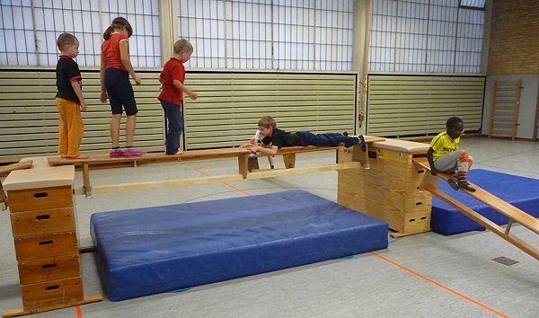 Bildergebnis für kindergarten ideen turnen | Turnhaal ...