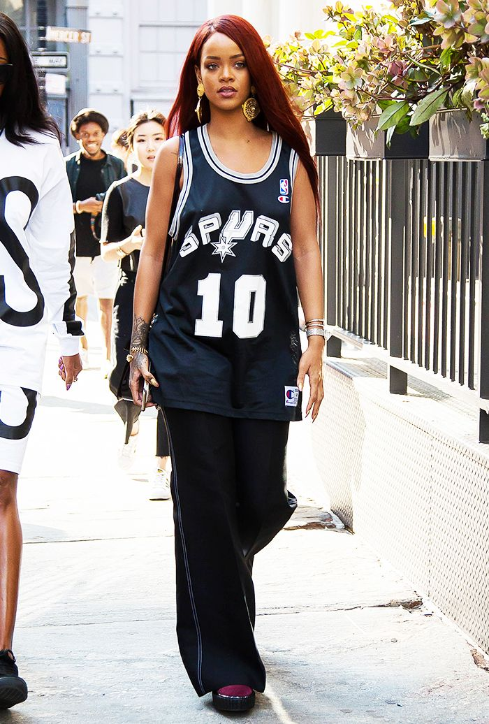 How To Ignore Trends And Look Like A Badass A Rihanna Case Study Basketball Jersey Outfit Jersey Outfit Gaming Clothes