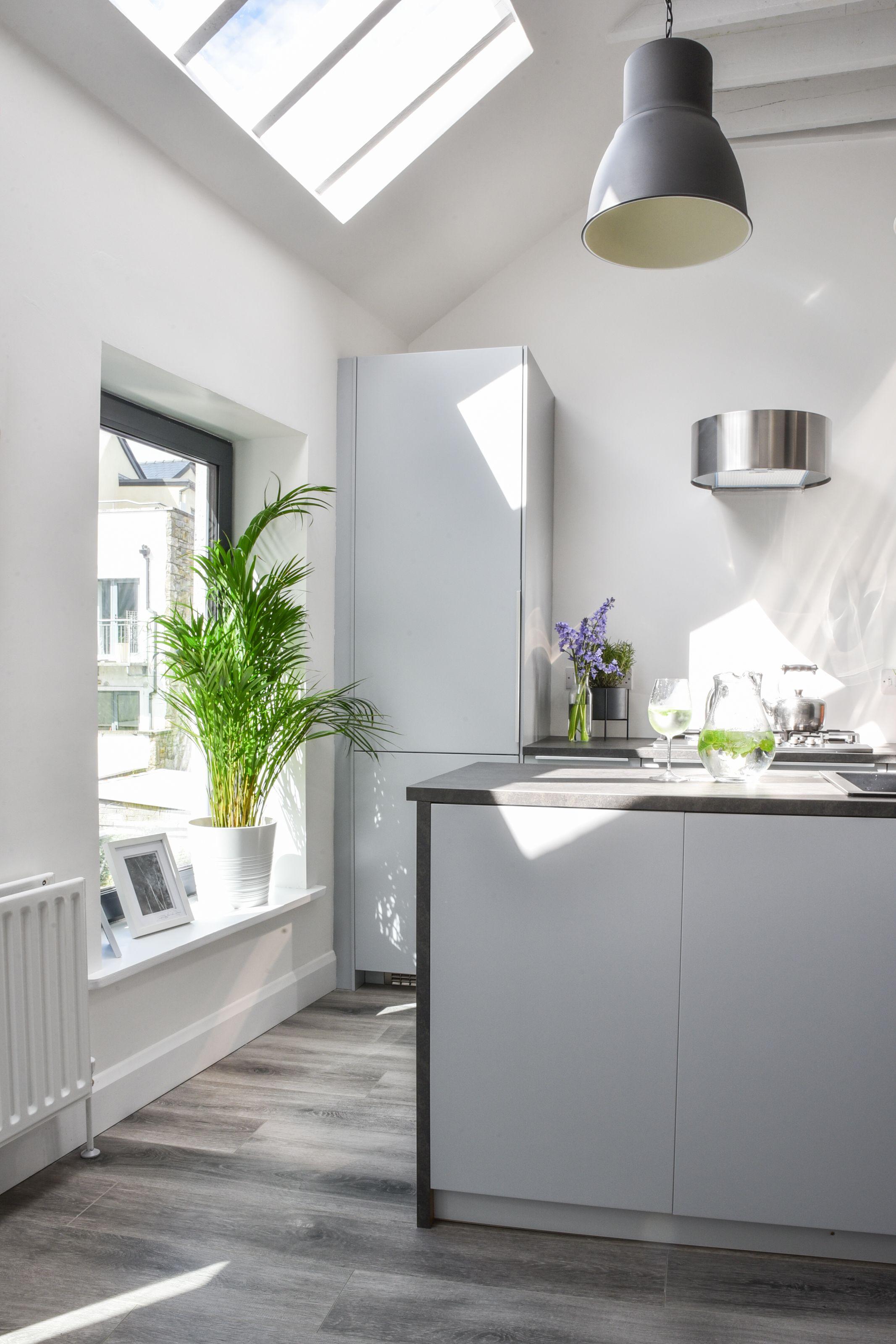 Contemporary first floor kitchen kitchen minimal