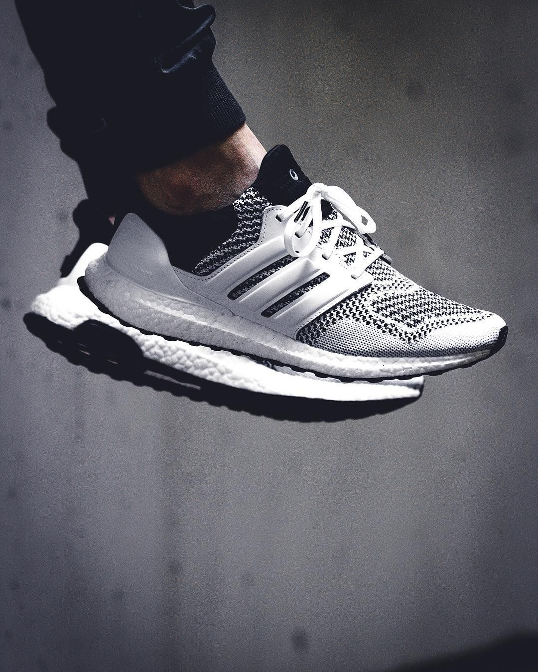 Sneakersnstuff x Adidas Ultra Boost - 2016