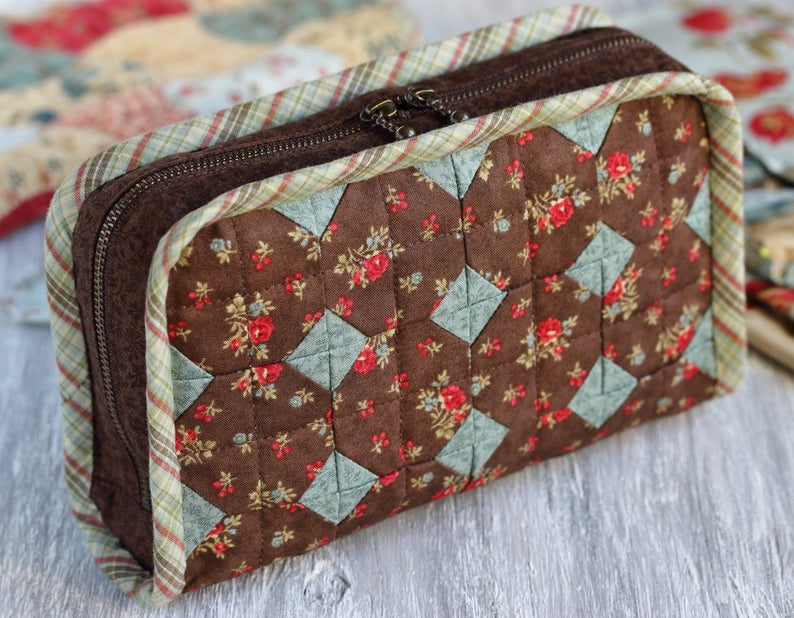 PDF Quilted Pouch Sewing Pattern & Sewing Tutorial