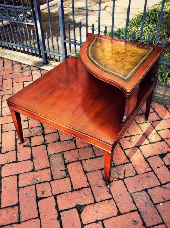 Richmond: Vintage Mid Century Mahogany Leather Top Corner Table $100 - http://furnishlyst.com/listings/8792