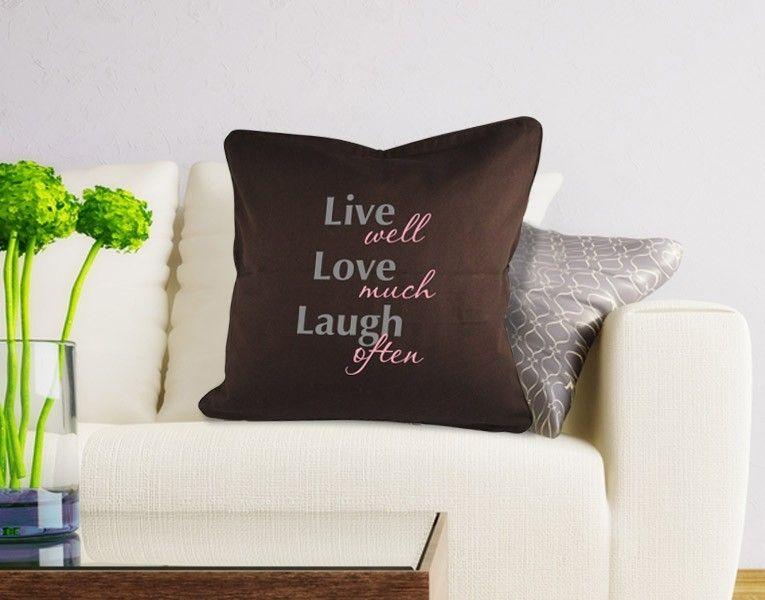 dekokissen live love laugh kissenschlacht die. Black Bedroom Furniture Sets. Home Design Ideas