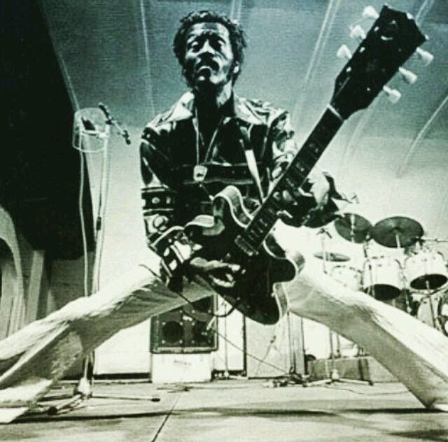 Seis canciones por el Rey del Rock 'n' Roll: CHUCK BERRY (1926-2017) http://www.woodyjagger.com/2017/03/chuck-berry-ha-muerto-rey-rock-n-roll.html
