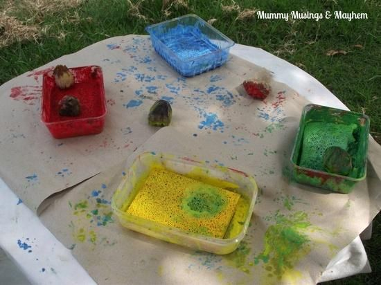 Easy Homemade Paint Stamping Pads...put a lid on and reuse over and over! Great for toddlers...cut down on paint costs!