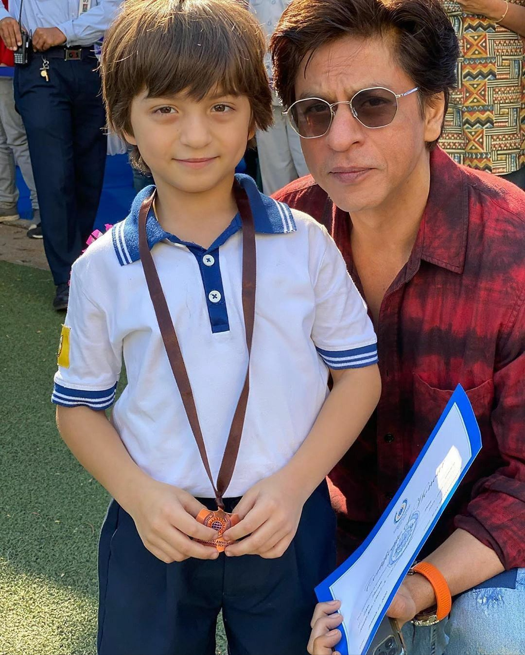Pin by ꌚꍏꀘꌚꀍꀤ 🐰^_^ on SRK in 2020 Abram khan, Bollywood