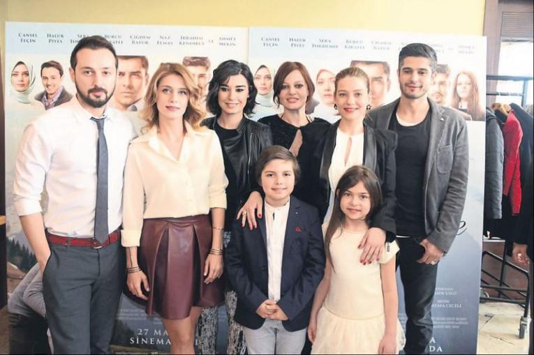 Bizim Hikaye فيلم - بحث Google | Turkish Drama in 2019