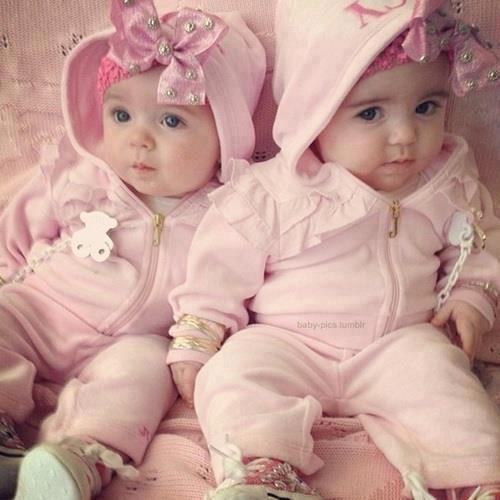 Pin By Dottie E Wilson On 2 Peas N 1 Pod Pinterest Cute Twins