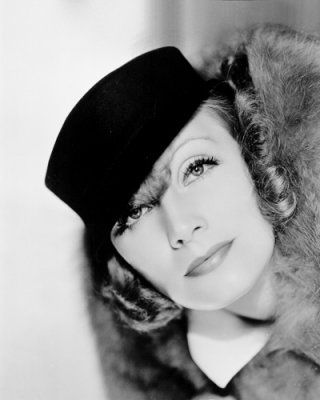 Greta Garbo, fantastic eyebrows...