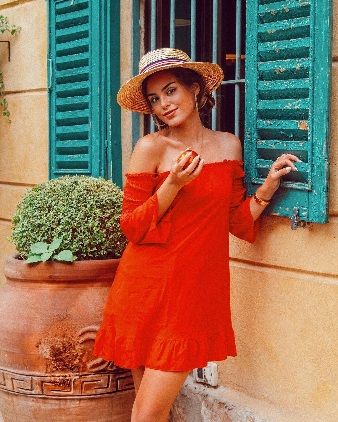 Summer Verona Nude Photos 30