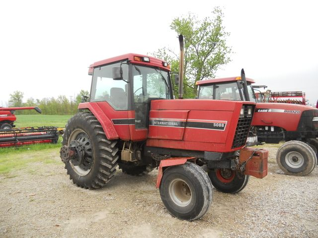 International Harvester 5088 : Ih real toy talk the tractor times