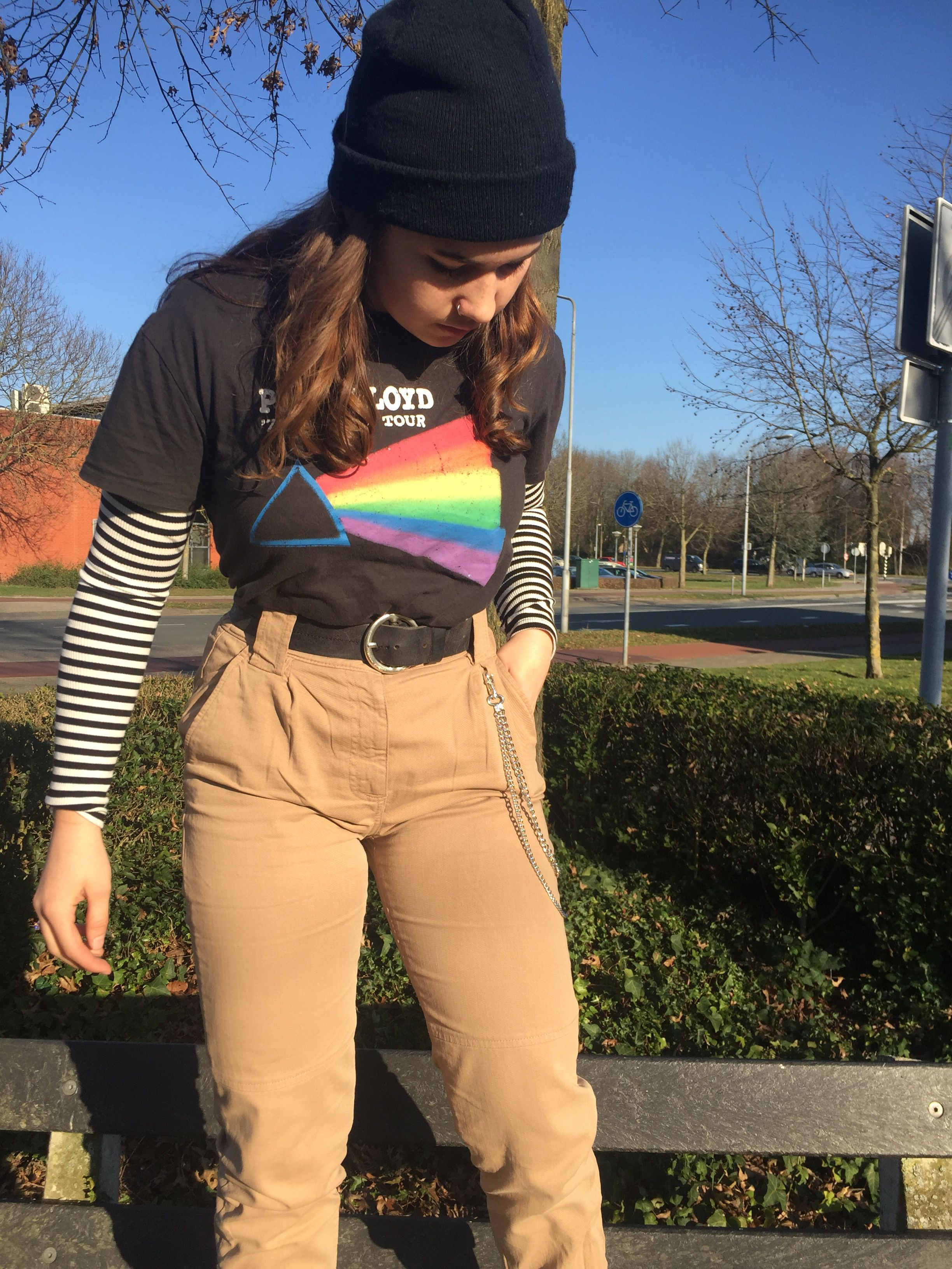 Aesthetic Outfit Egirloutfitsideas Aesthetic Outfit Grunge Beanie Hip Hop Egirl Chains Brown Rainbow Aesthetic Clothes Retro Outfits Aesthetic Grunge Outfit