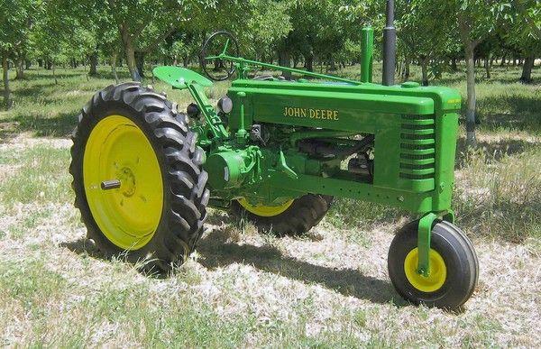Old John Deere Tractors : Old tractors on pinterest john deere