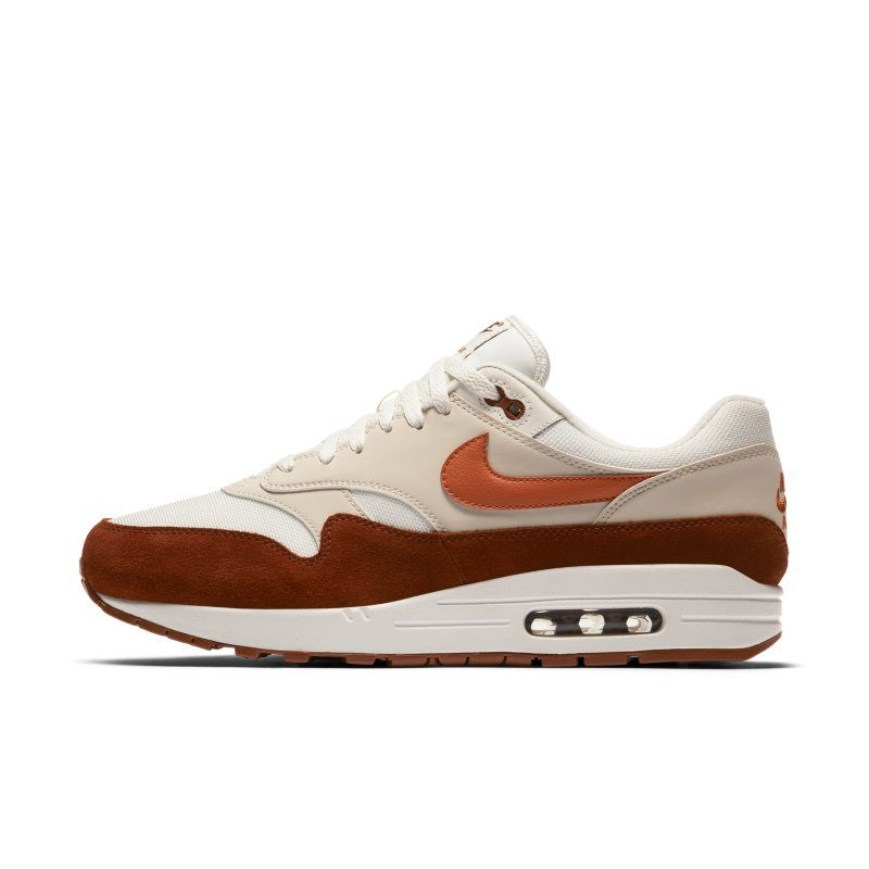 Air Max 1 Men's Shoe. GB | Scarpe en 2019