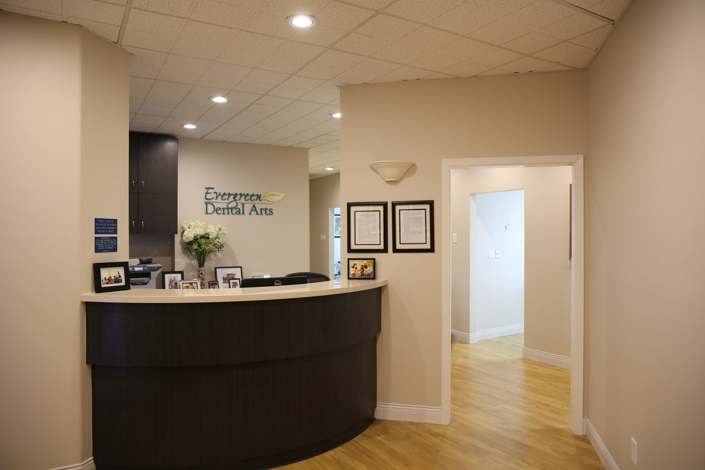 Small Office Front Desk Guest Decorating Ideas Check More At Http
