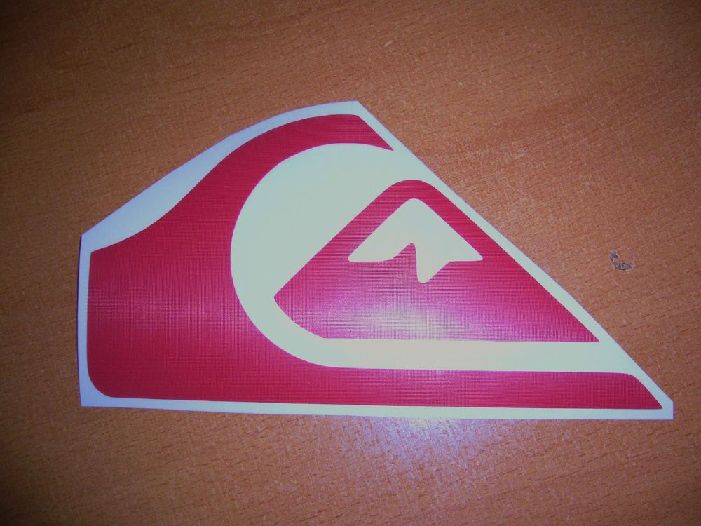 Quiksilver surfing logo vinyl window decal car bumper sticker red 4 roxy oneillquicksilverquiksilverripcurl