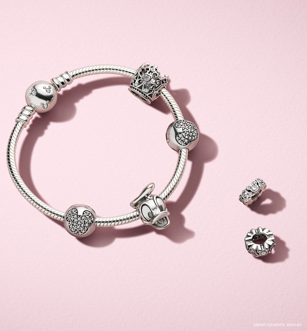 ac5ffea1 The PANDORA Disney Donald duck charm is one of our favourtites from the PANDORA  x Disney colection. Wear with other Disney charms for magical look.