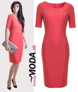 cb870d4fc6c3 Elegantné dámske puzdrové šaty krásnej lososovej farby v dĺžke po  kolená-trendymoda.sk