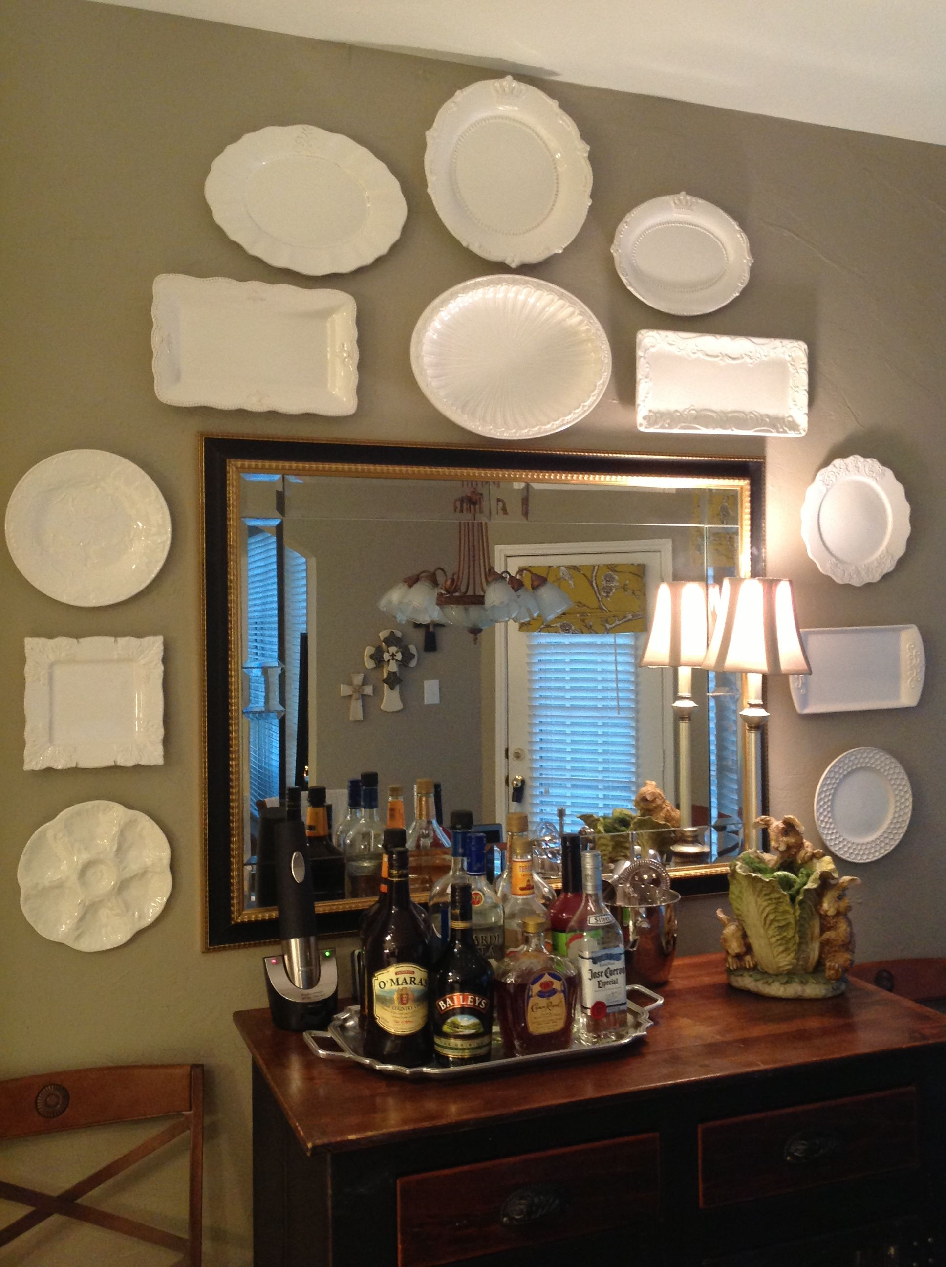 white plate wall decor hung with invisible english disc on wall decor id=54964