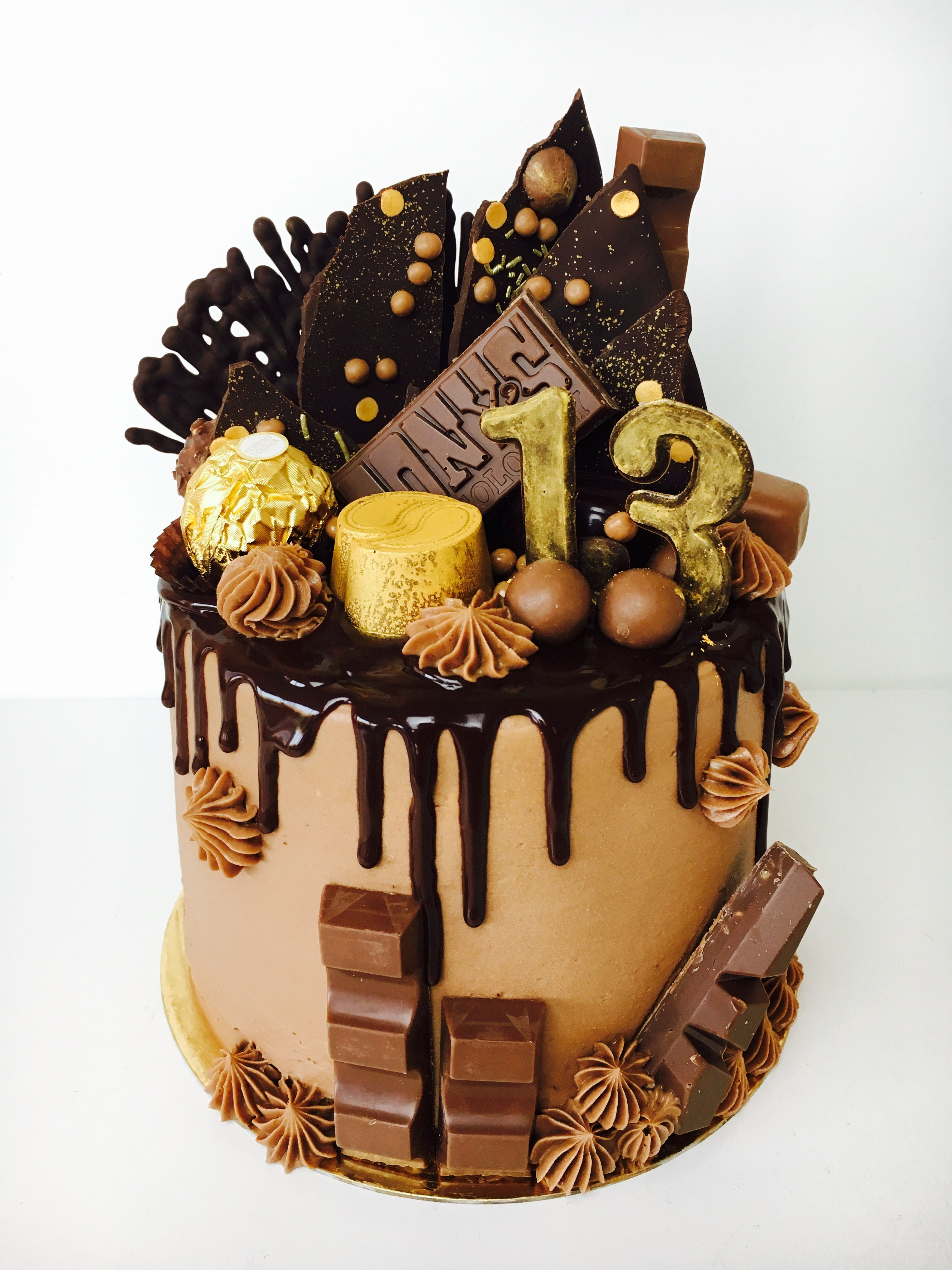 Chocolate Loaded Drip Cake Made By Zoetegoed Com Cake