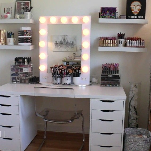 I Wish One Day Will Have Something Identical To This Beauty Jaclynhill Makeuparea Lifegoals Vanity Set Ikea Room White