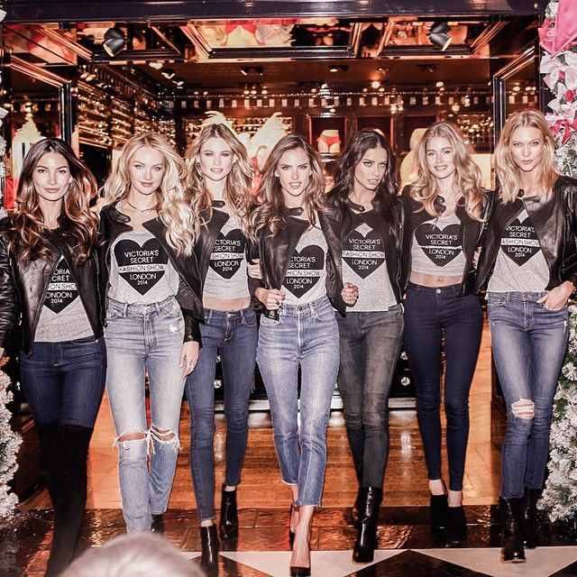 Talk about a grand entrance! The Angels work it at #NewBondStreet. #VSFashionShow