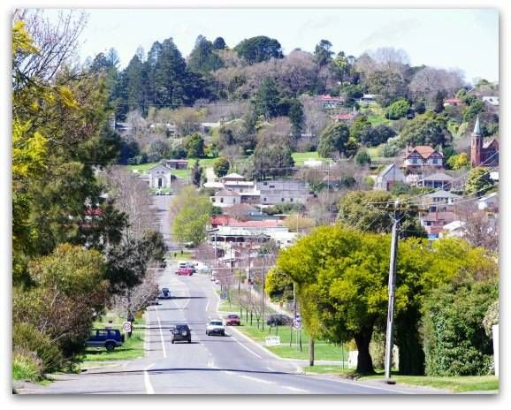 Driving into Daylesford and seeing this stunning view with Wombat Hill in the distance is an amazing 'WOW' experience!