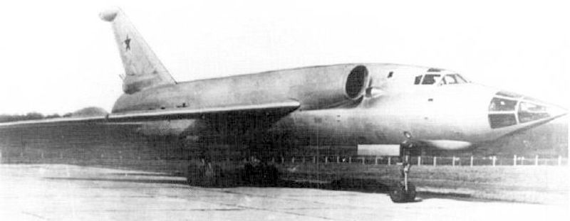 Picture of the Tupolev Tu-98 (Backfin)