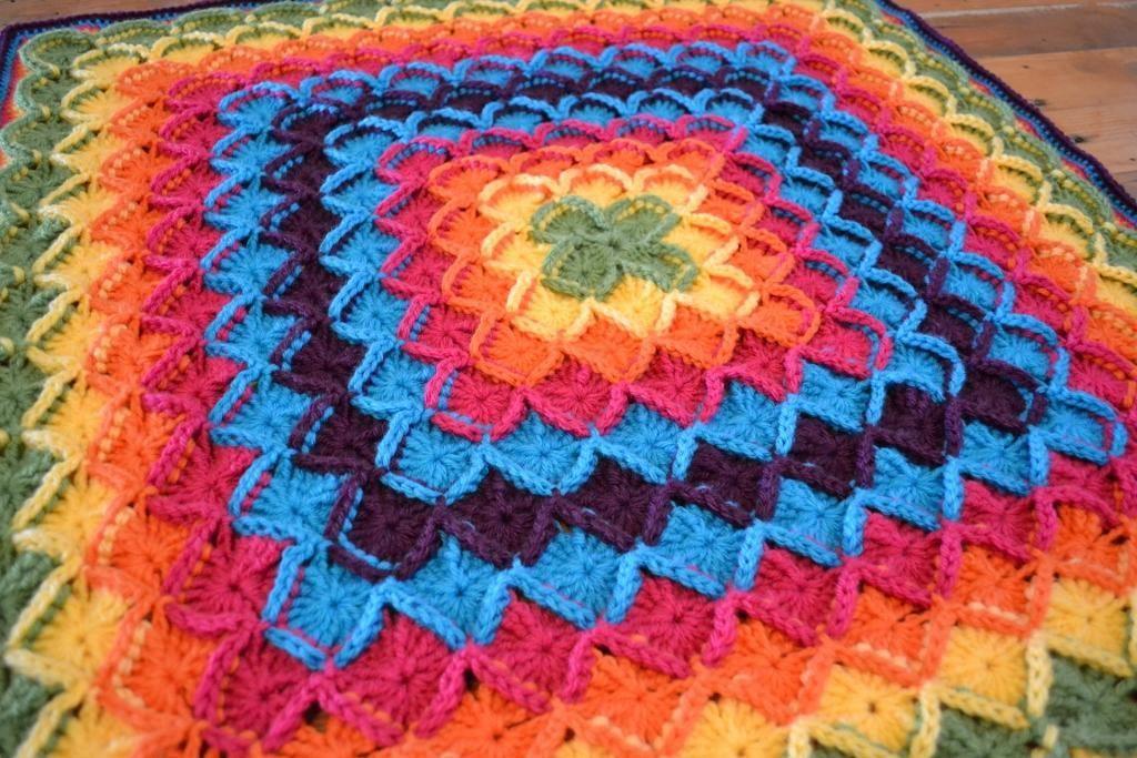 coussin crochet modele gratuit - Recherche Google