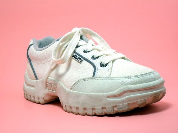 90s tennis shoes size 5.5 / 90s DKNY
