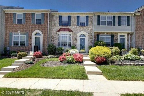 """Text """"8960251"""" To PHONE # 79564 To View A Virtual Tour of This Perfect Townhouse & Find Out Ask About $5,000 Closing Cost HELP!"""
