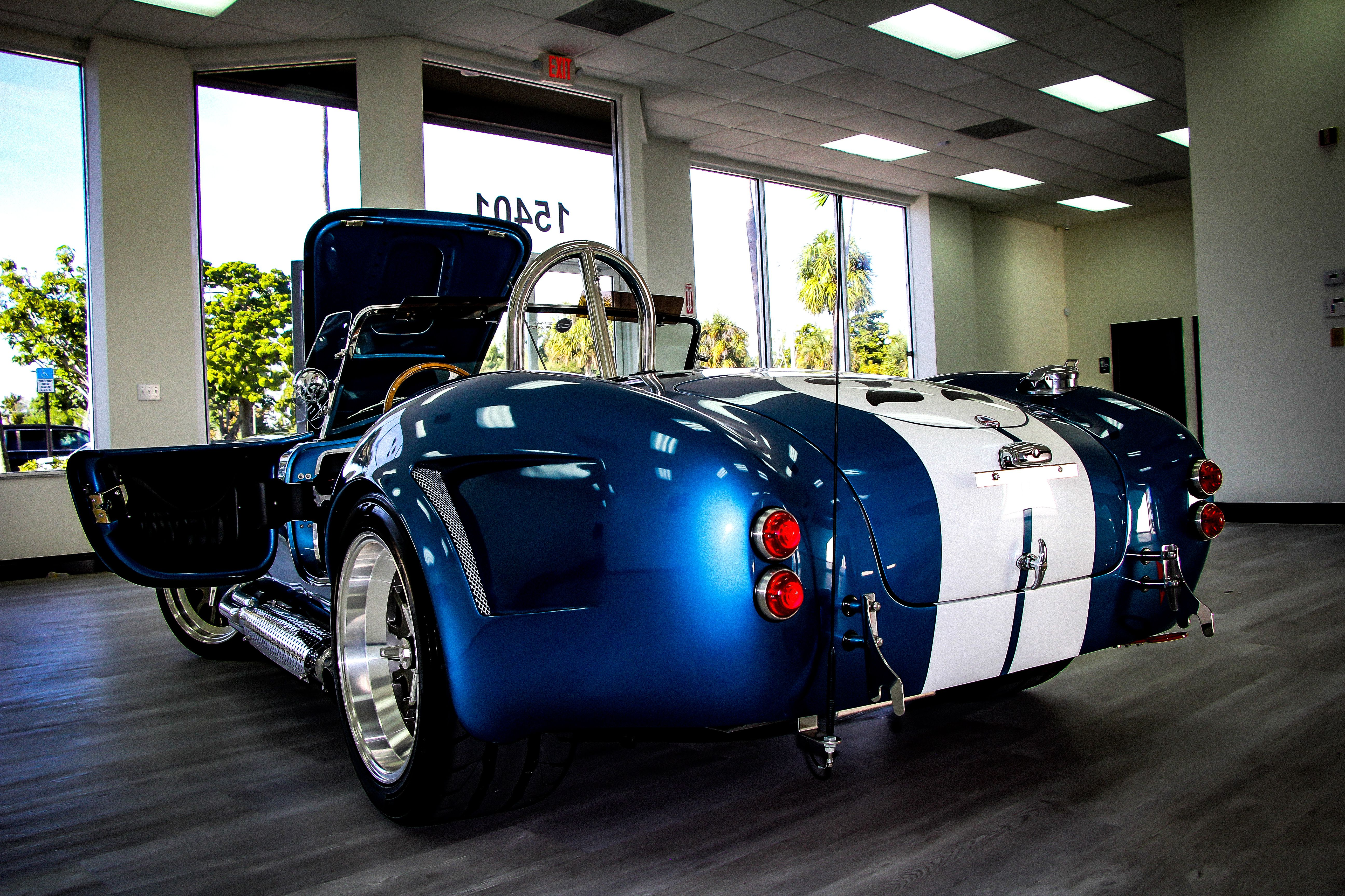 Most of the used car dealers in Miami such as Auto Café Of