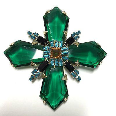 RARE Signed Schreiner Emerald Green Double Cross Brooch Inverted Rhinestone kk11