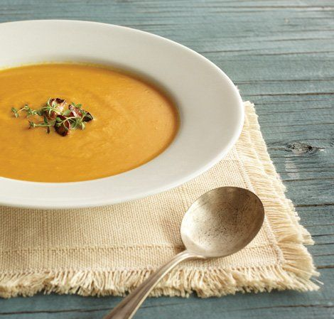 Pumpkin Soup Heavily Modified Small Pumpkin And Acorn Squash Roasted Added Chopped Potato And Bacon Unbl Healthy Blender Recipes Pumpkin Soup Vitamix Soup
