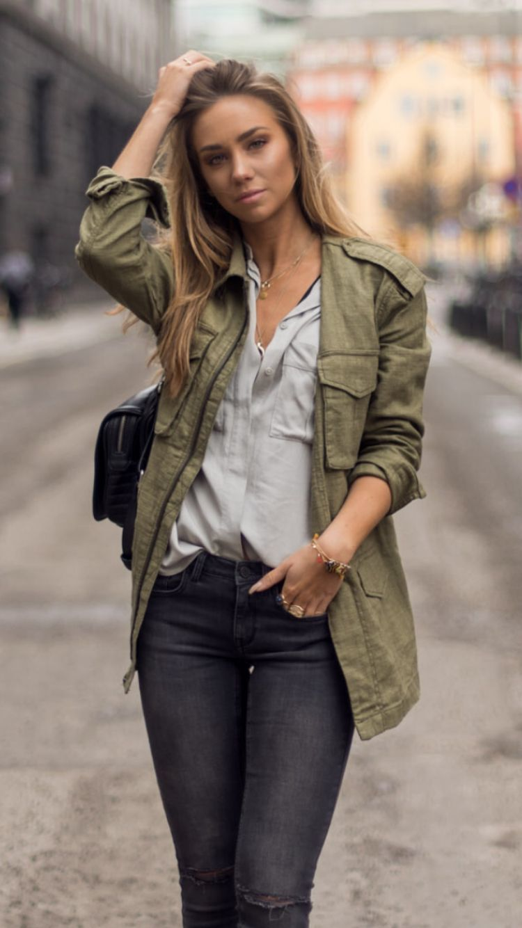 Lisa Olsson khaki army shirt jacket denim grey blue outfit street ...