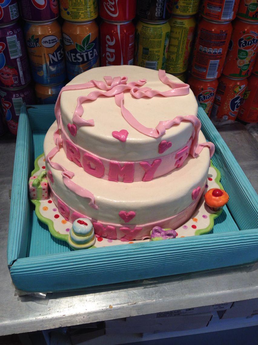 Weading cake fais au travail