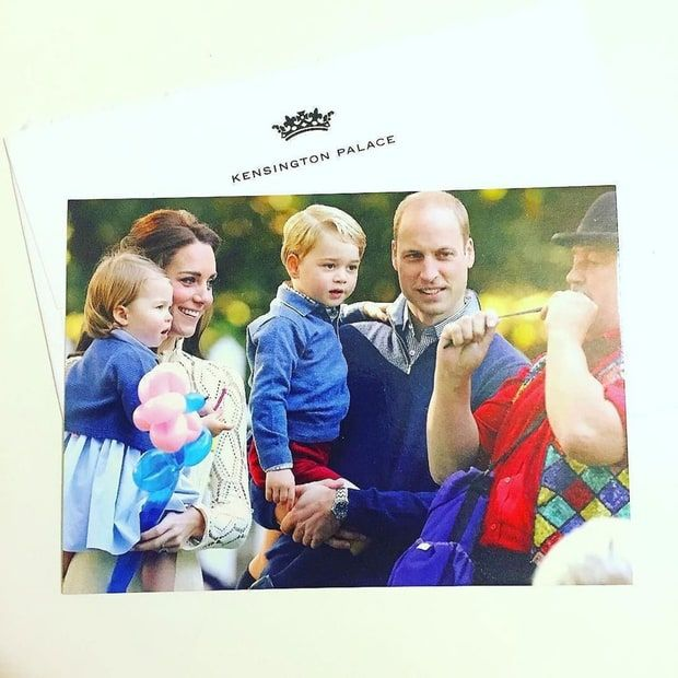 See the Duke and Duchess of Cambridge's family Christmas card