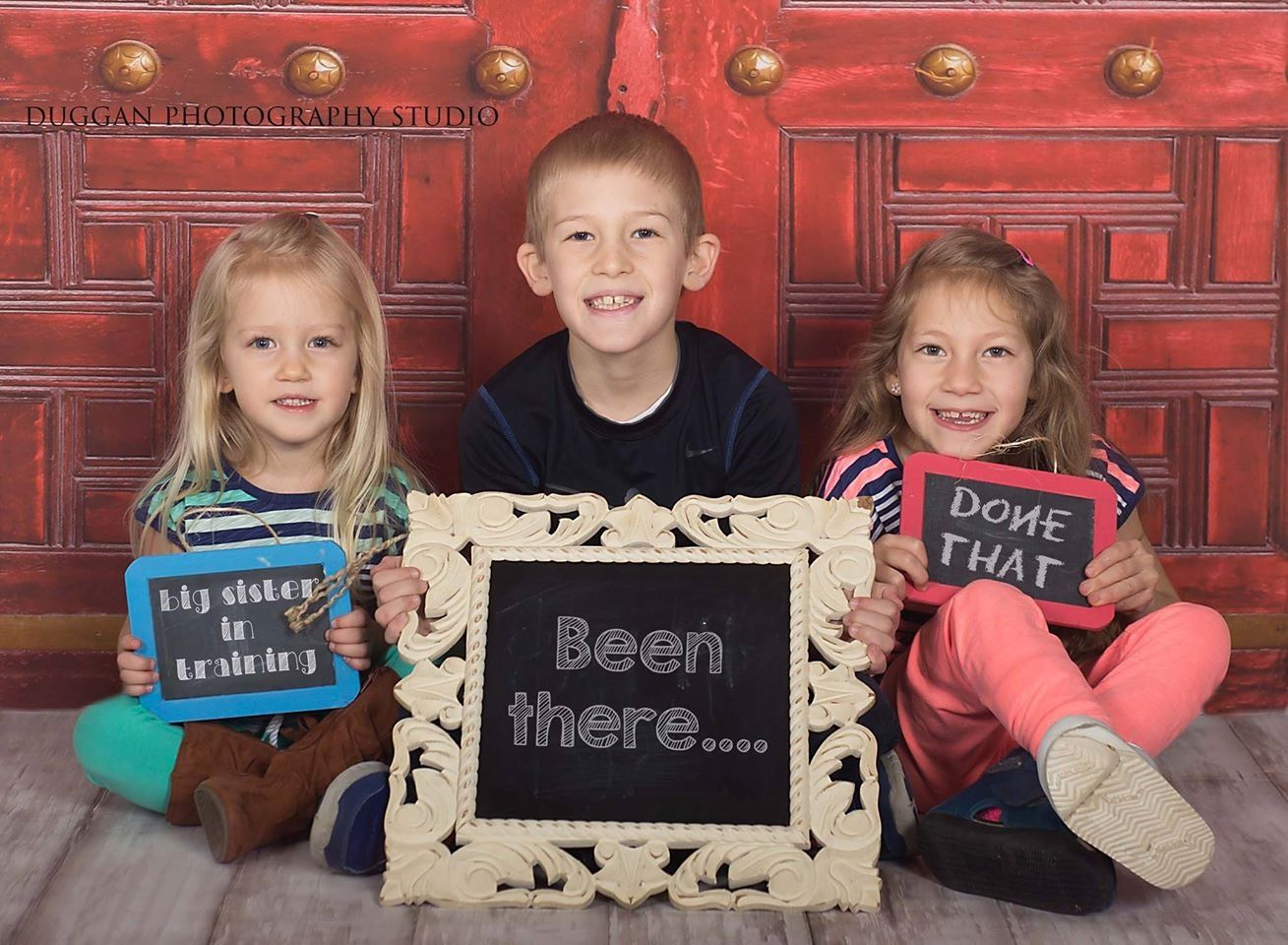 Been there done that Fun little pregnancy announcement session – Fun Baby Announcement