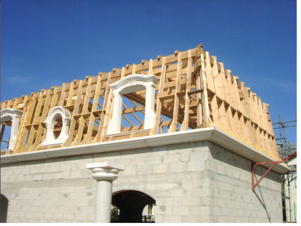 Toit Mansard In 2019 Mansard Roof Gambrel Roof Roof Design
