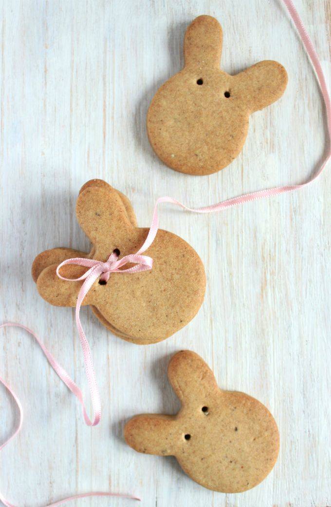 The Candid Kitchen: Honey Chai Easter cookies