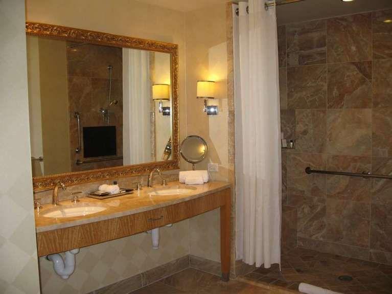 L illuminazione del bagno moderna e di stile foto pourfemme