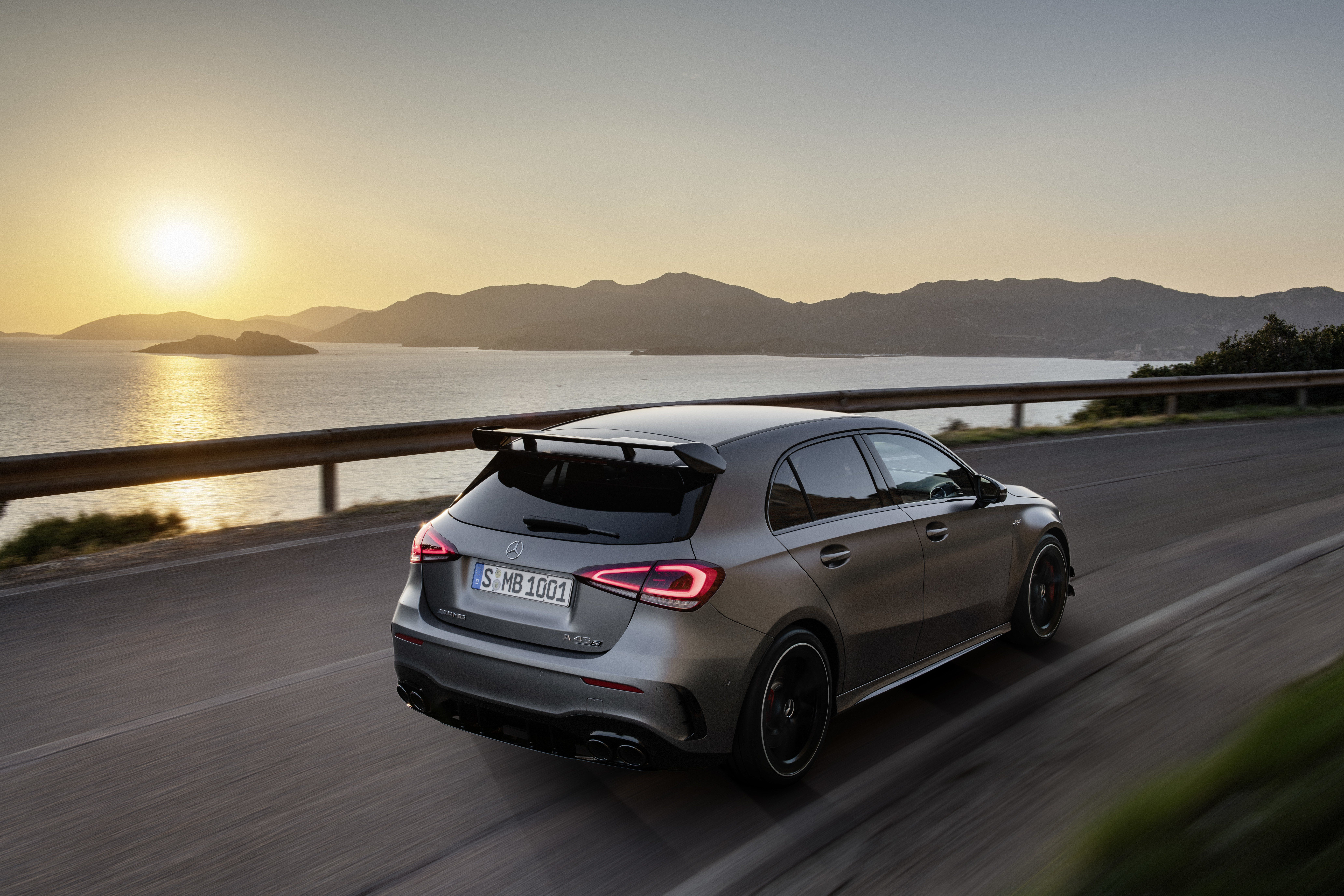 Wallpaper Of The Day 2020 Mercedes Amg A45 Hatchback Mercedes