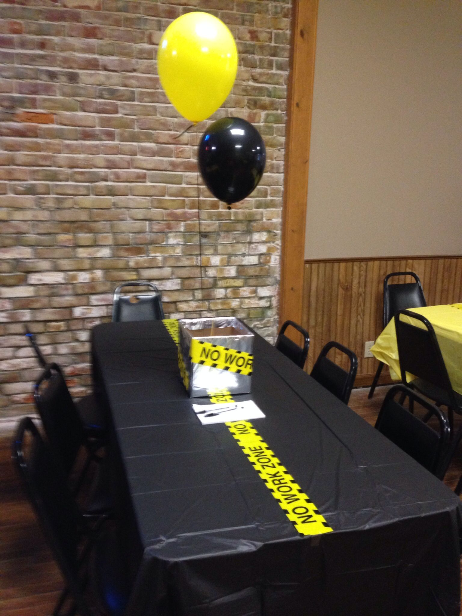 retirement party decorations