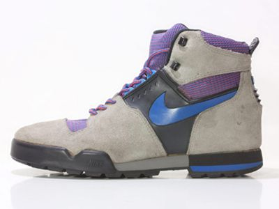 online store fff84 39691 WORN TO BE WILD » Nike Lava High