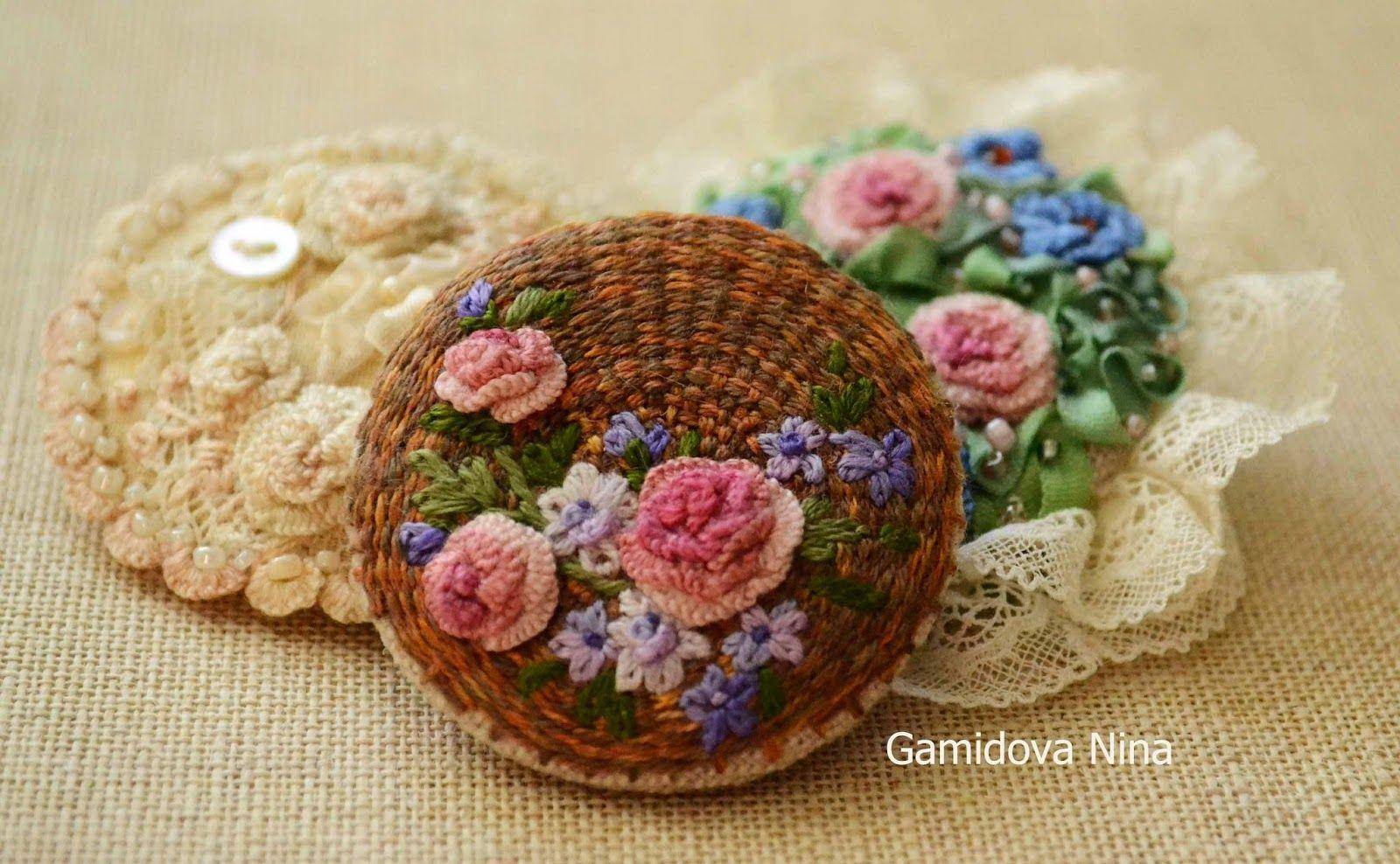 Карусель рукоделия: Текстильные броши с вышивкой.