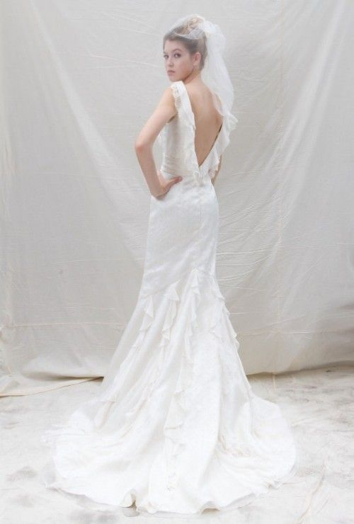 low back drama tulle new york #bridal gown