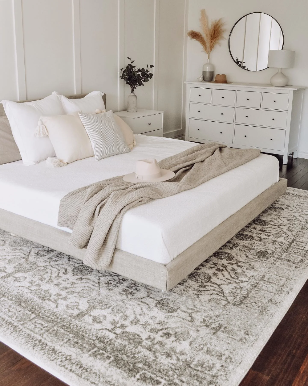 Tessu Clay Taupe Queen Bed