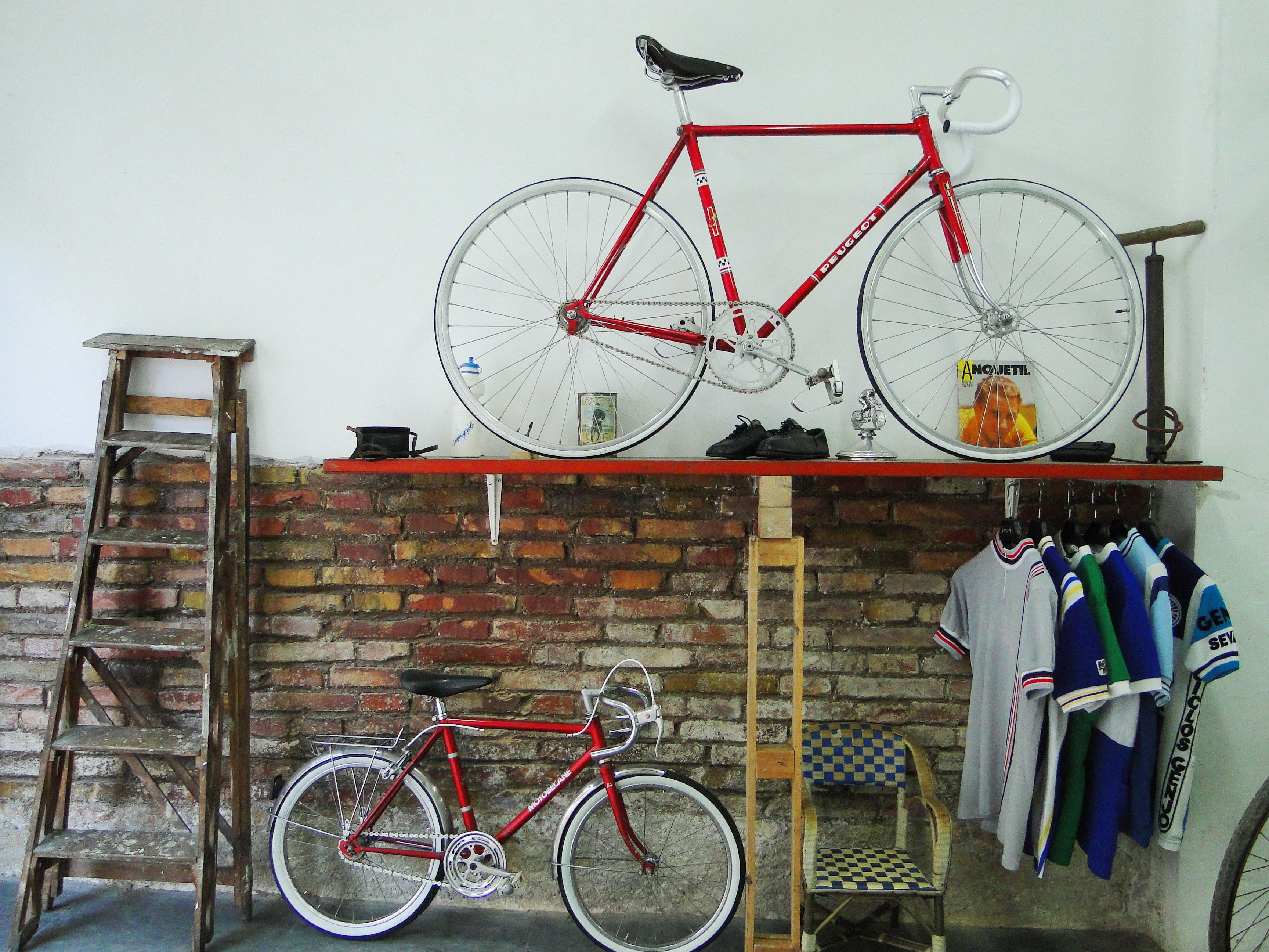 Our bicycle workshop in Barcelona-vintage bikes-fixie bikes-road ...