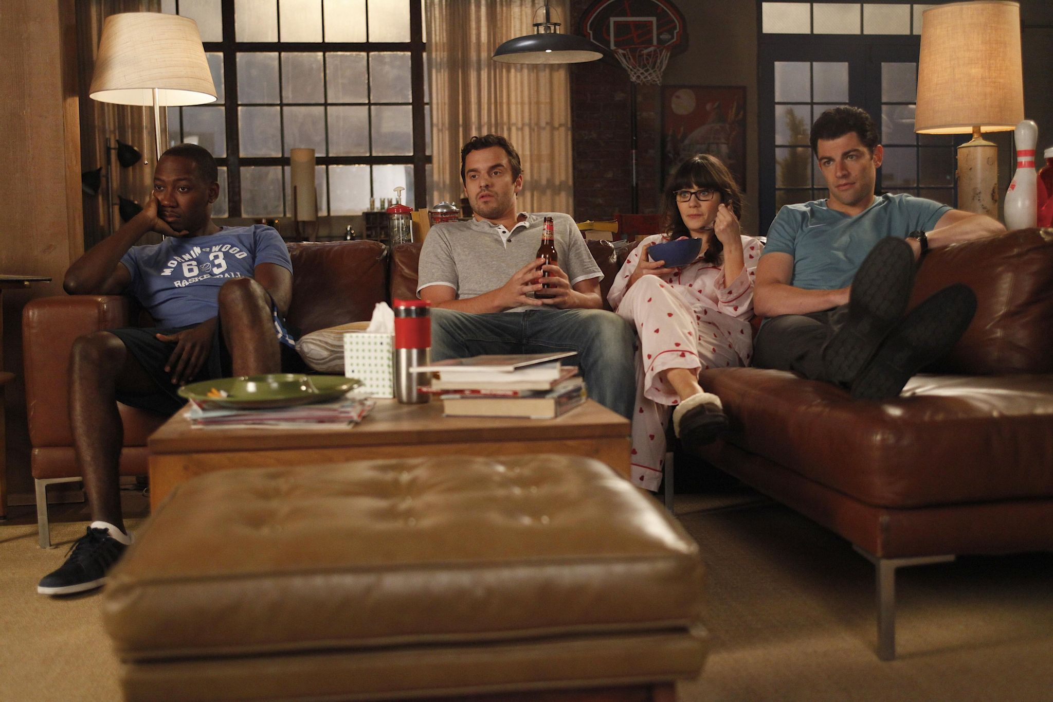 Winston (Lamorne Morris), Nick (Jake Johnson), Jess (Zooey Deschanel), Schmidt (Max Greenfield) ~ New Girl Episode Stills ~ Season 1, Episode 4: Naked #amusementphile